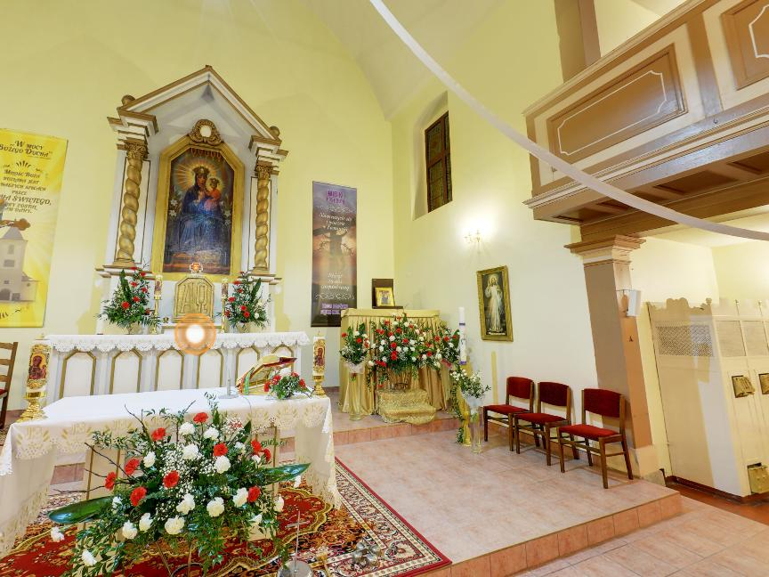 Wirtualny spacer po kościele MB Królowej Polski